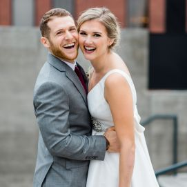 https://caleynewberryweddings.com/